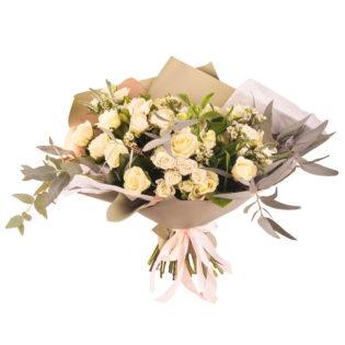Букет «Кремовые кустовые розы»