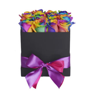 Цветы в коробке «Радужные Розы»