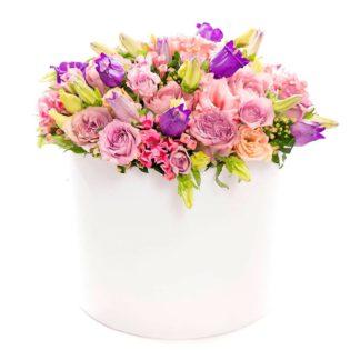 Цветы в коробке «Яркий праздник»