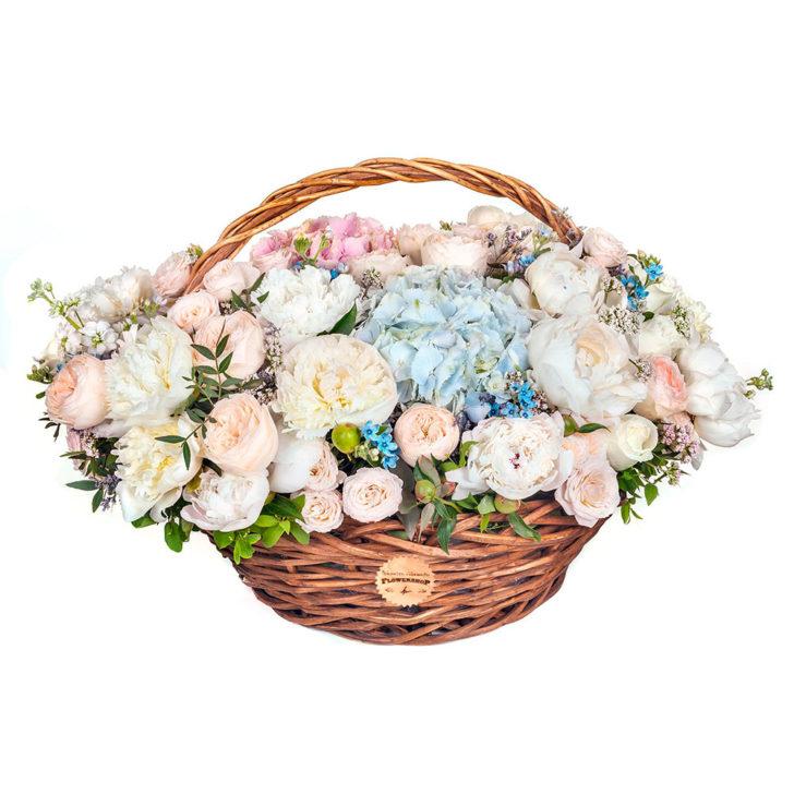 "Цветы в корзинке ""Совершенство"""